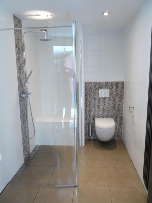 Installatie van compleet nieuwe badkamer