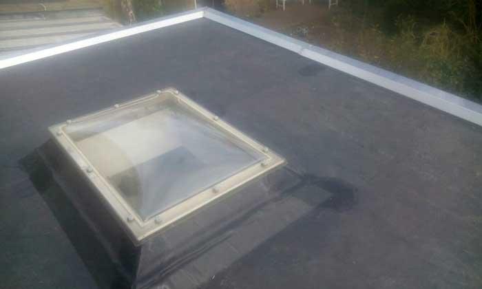 EPDM dak, geplaatst over de oude dakbedekking